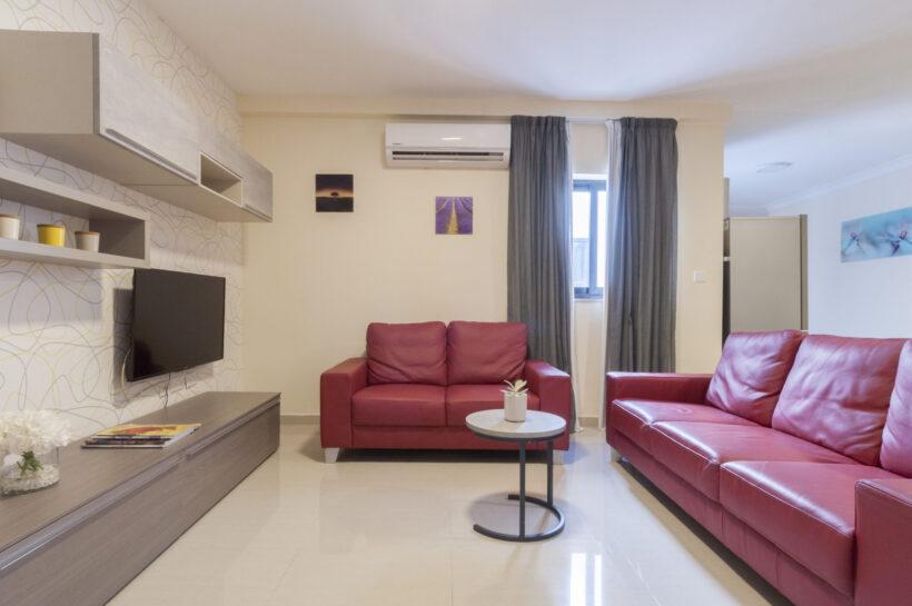 1-2 bedroom
